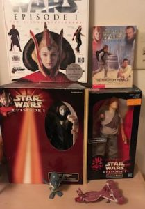 STAR WARs the phantom menace jr novel, visual guide, Amidla and jar jar figs, watto wind up and republic gunship micromachine